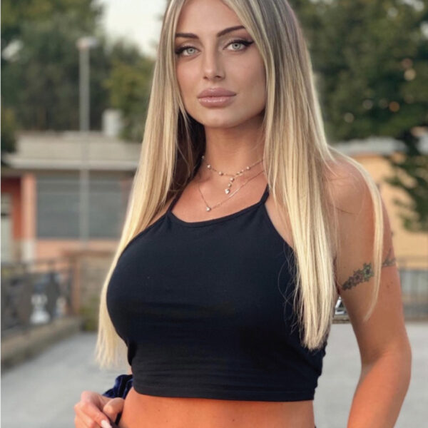 Erika-Crestini-influencer